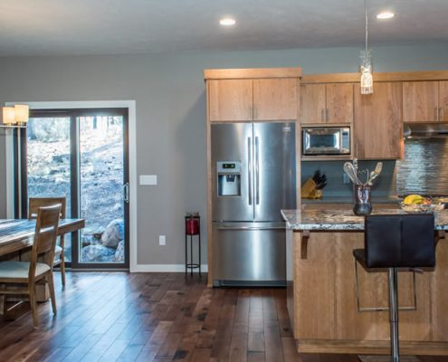 Mt Shasta – Contemporary Kitchen